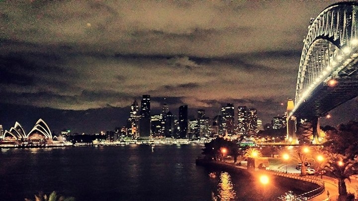 Sydney nocą…