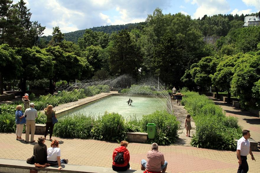 Krynica Górska - fontanna