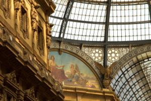 tapeta kwiecień 2015 - Mediolan